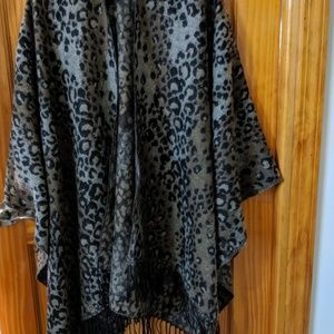 Accessories - Leopard Single Layer Cover Scarf
